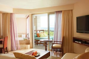 Excellence Club Junior Suite Ocean Front - Excellence Playa Mujeres All Inclusive Cancun Resort